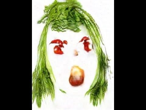 まるでアルチンボルド? GANを用いて野菜で顔を描く – The Electronic Curator