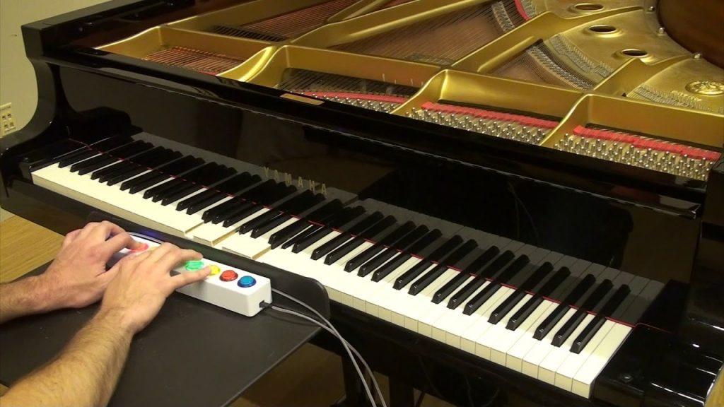 ピアノを即興演奏できるインターフェース – Piano Genie